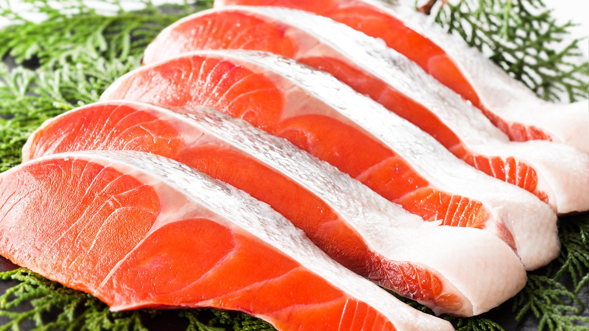 鮭の赤身に秘められたパワー!?自然界最強の抗酸化物質!